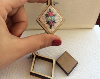 Tiny Tetragon Embroidery Hoop, Square, Cross Stitch Necklace Kit,  Miniature Embroidery Hoops, Cross Stitch Blanks, Mni Embroidery Hoop ,