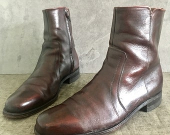 70's Burgandy Florsheim Boots / Vintage Brown Leather Zip Up Ankle Boots/ Chelsea Boots / Beatle Boots / Mens 9B Womens 11
