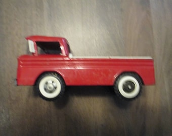 Vintage Sructo Chevy Corvair Rampside Pickup Truck-1960s era-used vintage toy-pressed tin,great patina