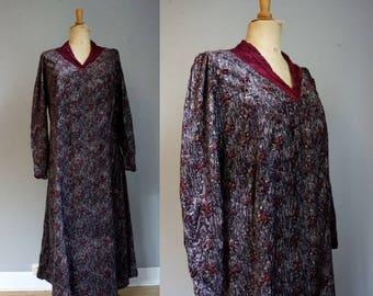 Rare 1920s Devore Velvet Patterned Dress