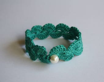 Crochet Bracelet With Pearl