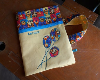 Cover drawing / / artist bag