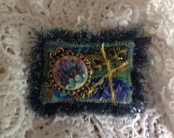 In my garden... Textile art brooch