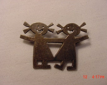 Vintage Sterling Silver Two Smiling Children Brooch  18 - 705