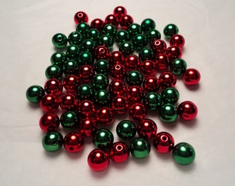 72 pcs.- 8mm round red/green metallic Christmas color bead assortment