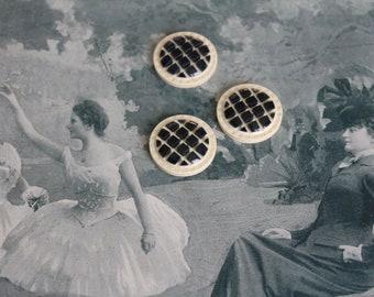 3 buttons antique art deco bakelite, ecru and Blue Navy/Black, diameter 2.7 cm