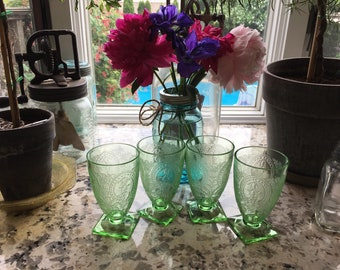 FOUR Vintage Indiana Glass Green Footed Tumblers Pattern Horseshoe Holding 9 oz each in Vintage condition!  For your Green Glass Collection!
