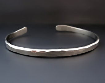 Men's Thin Hammered Silver Cuff Bracelet / Thin Silver Cuff /  The Boyfriend Cuff / Gifts for Him / Father's Day Gifts / Layering Bracelet