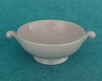 Homer Laughlin Pastel Nautilus Bowl Cream Soup Pink