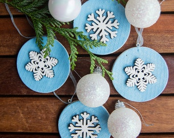 Blue Christmas baubles/ Snowflake ornaments/ Gift tags ( set of 4)
