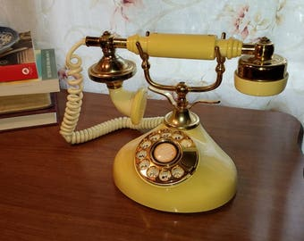 Rustic Kitsch Princess telephone French provincial Hollywood recency shabby chic phone free shipping U.S only