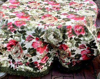 Vintage Handmade Round Tablecloth with Fringe. Floral Lovely.