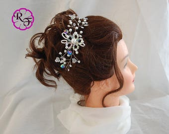 Wedding hair piece , Bridal hair piece , pearls hair piece , flower and pearls hair accessory , Decorative headpiece  , crystals headpiece