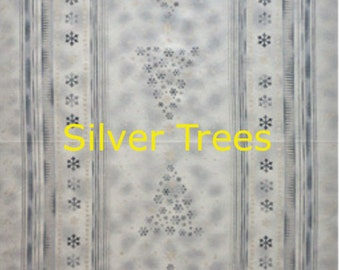 Brilliant Christmas fabric. Metallic Silver snowflakes quilters quilting cotton Stof 3451
