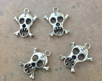 Skull and Crossbones Pendants, pewter, 4 charms, 23 x 19mm