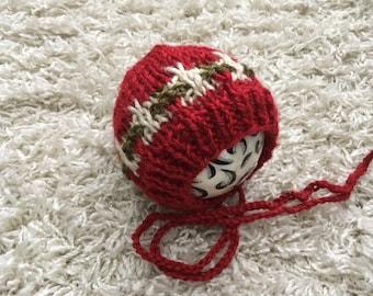 Christmas newborn size knit round back bonnet, photo prop,coming home,gift,crochet,knit,hat,bonnet,