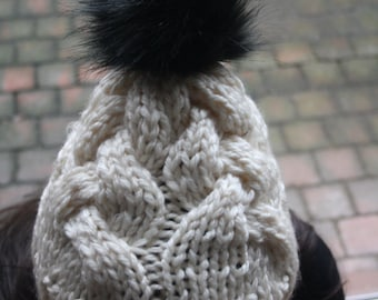Hand-knitted hat with Pompom