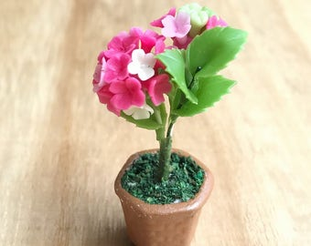 Miniature Flower,Miniature Flower Pot,Miniature Vase,Dollhouse Flower,Miniature Garden,Dollhouse Flower Pot,Miniature Hydrengea