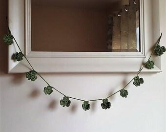 Shamrock garland, crochet bunting, Irish crochet decoration, garland for Patrick's day, St Patrick's day decoration, green crochet bunting