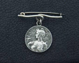 Emile Dropsy French Art Nouveau Medallion