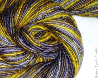 Weise alte Eule handgesponnenes Art Yarn - 200 Yards - Single Ply - stricken - häkeln - Filzen - weben - Mixed-Media - Faser Kunst