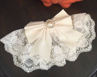 Vintage Whittall & Shon Large Ivory Hair Clip with Lace Pearl  Rhinestones
