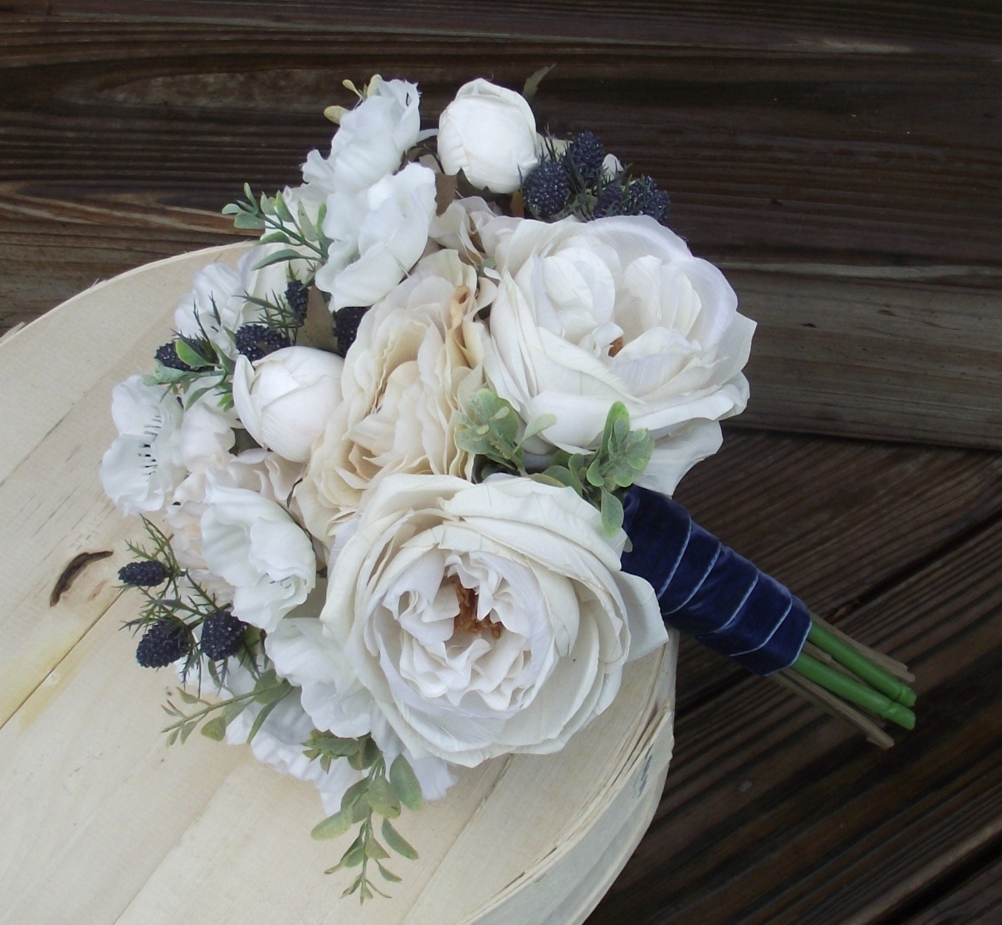 Beach wedding flowers nautical sea holly navy blue zoom izmirmasajfo Image collections