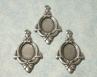 3 - Antique Silver Plated Art Deco Findings , 8x6mm Cabochon Settings, Earring Drops, Earring Components