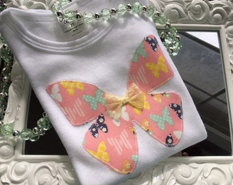 Butterfly Dreams Onesie/Bodysuit or T-Shirt for Baby. Baby Shower Gift