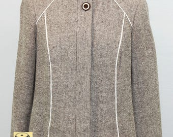 Brown and Cream Silk Knit Fitted Jacket by Worth. Fall jacket, stylish jacket, light jacket.