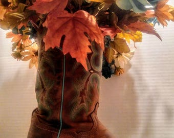 Brown/Turquois cowboy boot with flowers