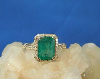 2.58 ct. Emerald Cut Columbian Emerald and Diamond Ring 10k Rose Gold