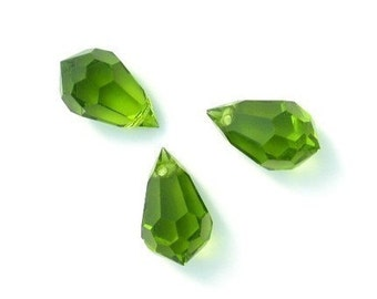 3 Vintage Czech Olivine Faceted Glass Briolette Beads Green 15x9