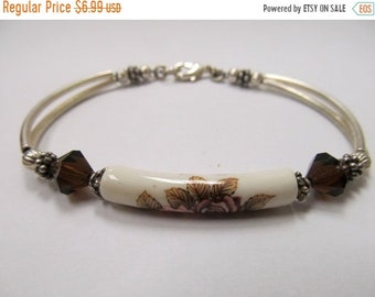On Sale Vintage Floral Beaded Bracelet Item K # 1774
