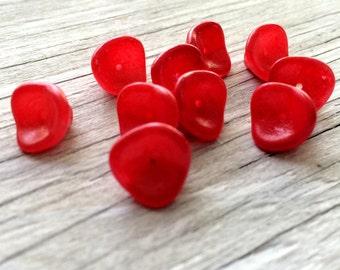 Red flower beads,  three petal flower beads red raspberry