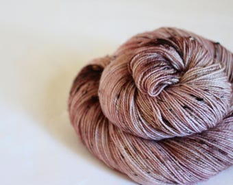 Blackberry Mousse - House Wren - 85/15 superwash merino/ nylon tweed sock yarn