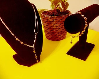 Set of Necklace and Bracelet