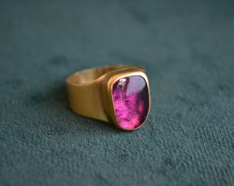 Marvelous Gold Ring with Pink Tourmaline, 18K Gold Ring with Pink Tourmaline Gemstone, Women's Unique Ring, Greek Artisan Jewelry