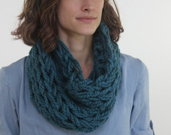 Large Cowl Scarf / Thunder / Arm Knitted