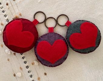 Handmade Felt Heart Keychain / Zipper Charm