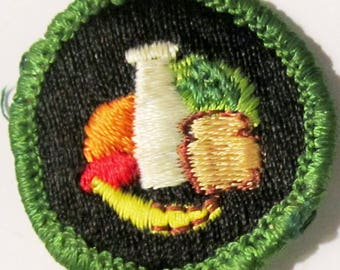 """Vintage Intermediate Girl Scout Badge """"Nutrition"""" circa 1950's"""