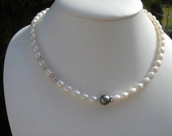Tahiti pearls necklace on 925 Silver! Very precious!