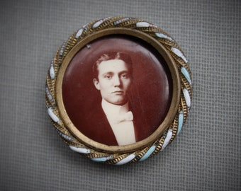 Handsome Victorian Turquoise Enamel Photo Button Badge / Antique Supplies