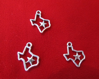 "BULK! 30pc ""Texas"" charms in antique silver style (BC515B)"