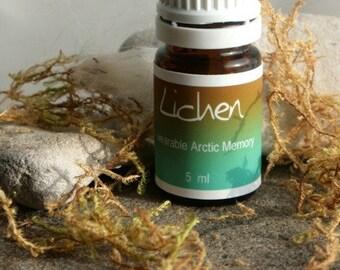 Lichen - Niqaat - a wearable scent memory - artisan oil - moss, tundra soil, grapefruit, green, ice