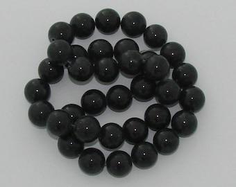 5 beads 12mm diameter black jade