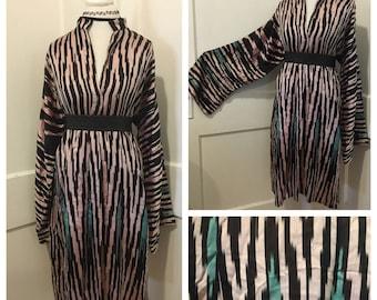 Vintage Silk Robe Kaftan Dress with Bell Sleeves // One Size // Turquoise Black Pink Kimono Ikat Print Hipster Festival Boho Bohemian Hippie