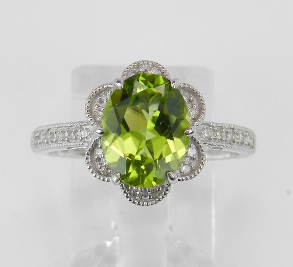 White Gold Ring, Diamond and Peridot Ring, Engagement Ring, August Gemstone, Flower Ring, Green Stone Ring, Size 5.5