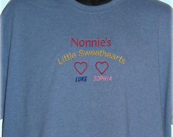 Grandma Shirt with Names, Grandma's Little Sweethearts, Personalized Grandmother Sweatshirt, Grandmother Shirt, Mothers Day Gift