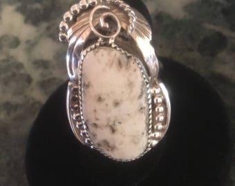 RING WHITE BUFFALO Turquoise sz 6-8